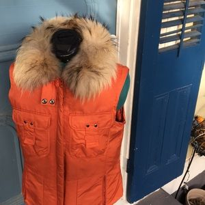 1 Madison Down Vest with Soft Raccoon Fur Collar S